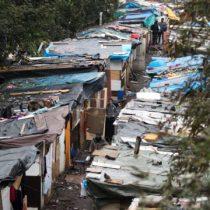 100 millones de personas en el mundo se sumaron a la pobreza extrema en 2020: FMI