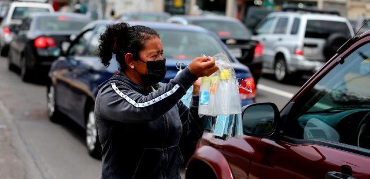 Mujeres y trabajadores informales, los más afectados por la pandemia en México: OCDE