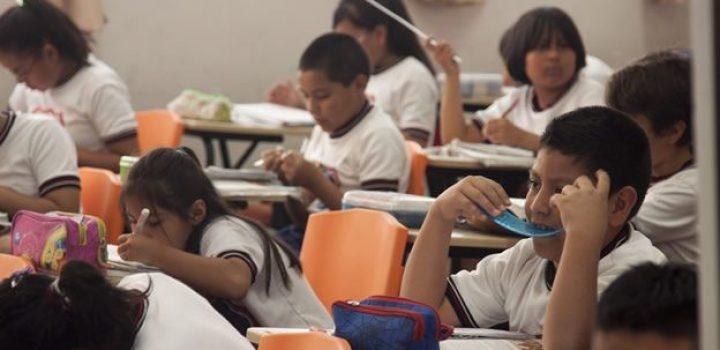 Coneval: 3 de cada 10 mexicanos de 15 años no logran concluir la educación básica