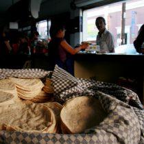 La tortilla sube, la esperanza se acaba, el pueblo sufre