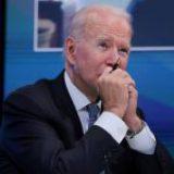 Biden dice que habrá más sanciones contra Cuba