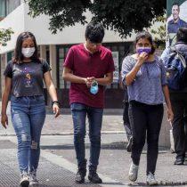 Jóvenes tienen un rol principal en el repunte del Covid en México, alerta la OPS