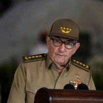 Raúl Castro acudió a una reunión del Partido Comunista para analizar protestas en Cuba