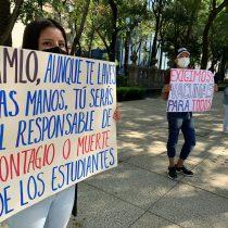 """""""Regreso a las aulas es un crimen"""": estudiantes denuncian con cadenas humanas"""