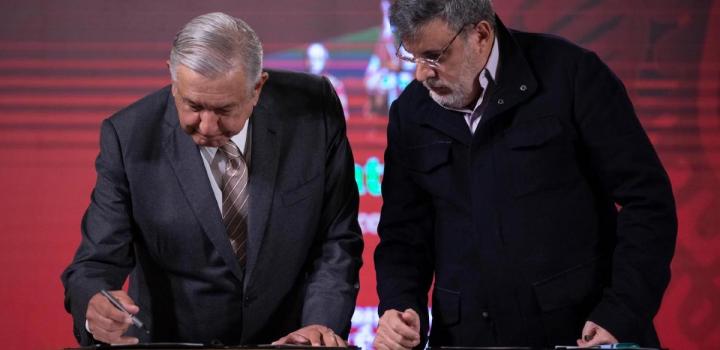 Renuncia Julio Scherer como Consejero Jurídico de AMLO… a horas del informe