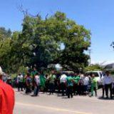 Campesinos de Parras De la Fuente marchan, por tercera ocasión, contra vitivinícolas por robo de agua