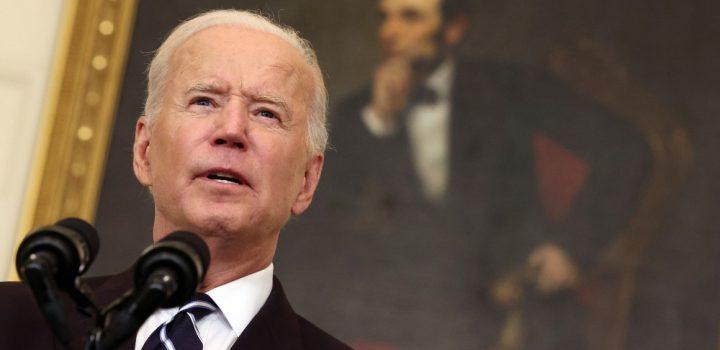 Aprobación de Biden en EE. UU. cae al mínimo desde que asumió el poder: Reuters-Ipsos