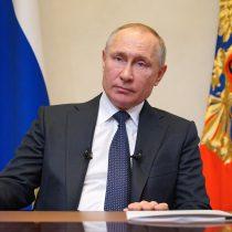 Putin afirma que 'varias decenas' de personas de su círculo cercano dieron positivo a Covid-19
