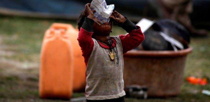 Pandemia empuja a 100 millones de personas a la pobreza extrema: Banco Mundial