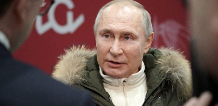 Putin se aísla ante contagios de Covid en su círculo cercano