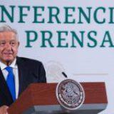 """AMLO arremete contra la UNAM y """"todas las universidades"""" porque """"fueron sometidas por el pensamiento neoliberal"""""""