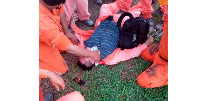 Policía de Tabasco disparó gases lacrimógenos a los trabajadores que se manifestaban en la refinería de Dos Bocas; AMLO lo niega