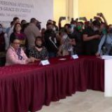AMLO suspende acto público en Puebla tras protestas de damnificados por huracán Grece que exigen apoyos